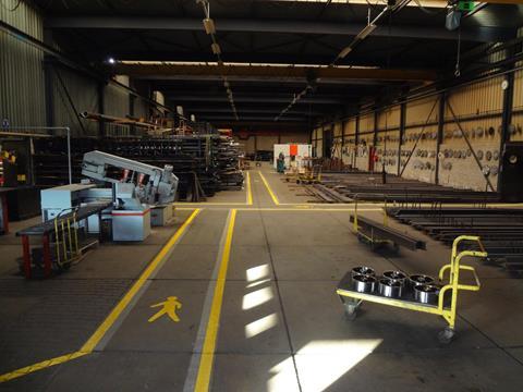 Belijning-fabriekshal