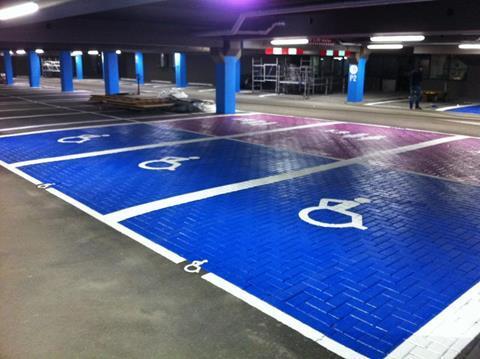Invalideparkeerplaats-belijning
